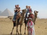 Epyramids_camels_us